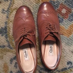 Clarks brown leather oxford